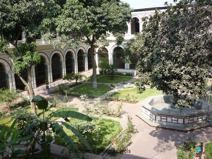 Basilica y Convento de San Francisco - Lima - Peru