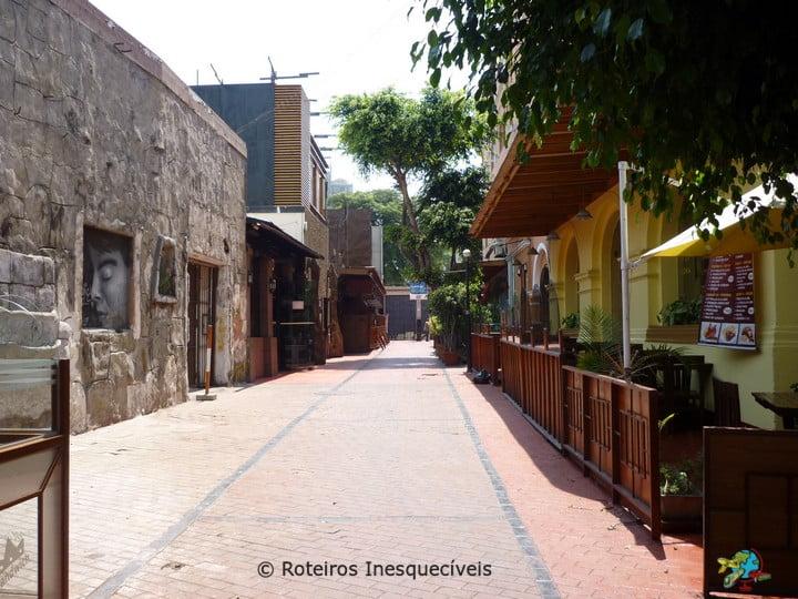 Calle de las Pizzas - Lima - Peru