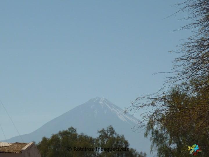 Vulcao Licancabur - Deserto do Atacama