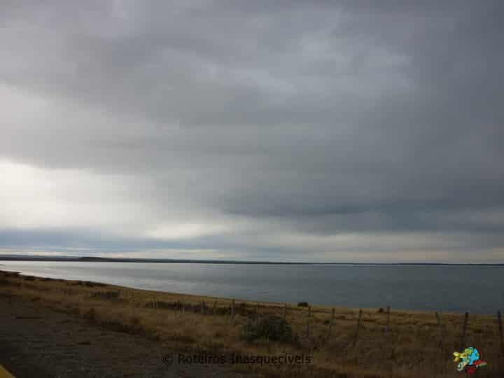 Estrada Punta Arenas para Puerto Natales - Patagonia Chilena