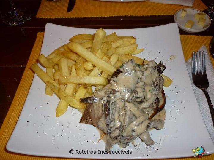 Restaurante - Puerto Natales - Patagonia Chilena