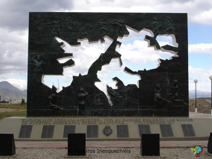 Monumento Guerra Malvinas - Ushuaia - Patagonia Argentina