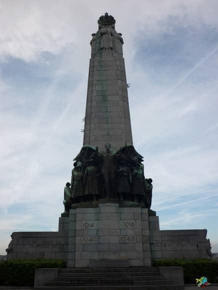 Monumento Mortos Guerras - Bruxelas - Belgica
