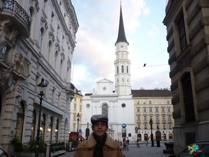 Michaelerkirche - Viena - Austria