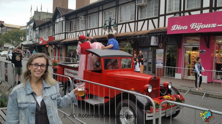 Bierwagen - Oktoberfest Blumenau - Santa Catarina