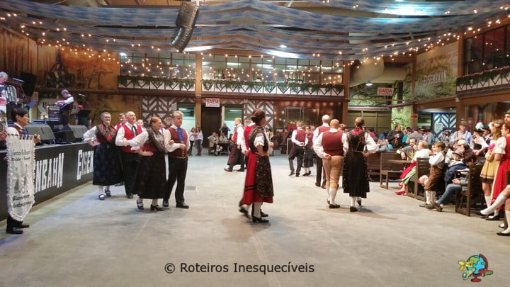 Dancas Tipicas - Oktoberfest - Blumenau - Santa Catarina