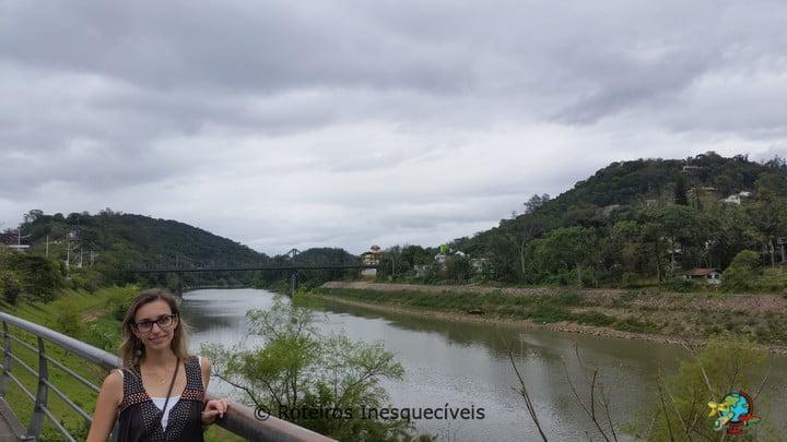 Rio Itajai Acu - Blumenau - Santa Catarina