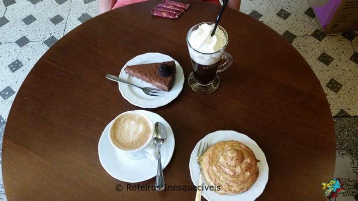 Maiasmokk Cafe - Tallinn - Estonia