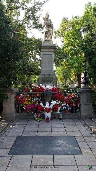 Passauer Madonna Monument - Varsovia - Polonia